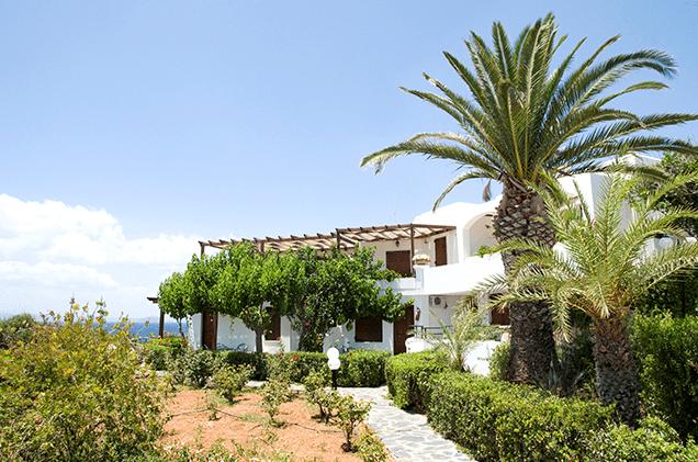 Alianthos family Suites tersanas beach chania kids love greece accommodation for families Crete villas