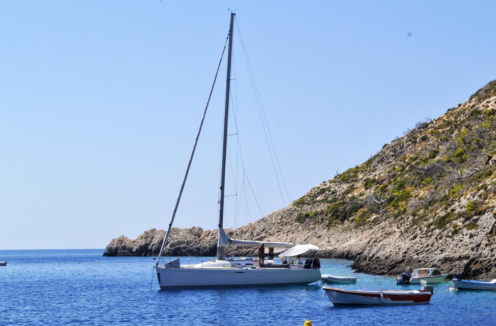 sailing family trip greece