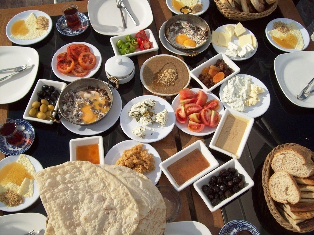 greek breakfast under the Acropolis family activities Athens kids love greece the Acropolis museum guided tours family friendly