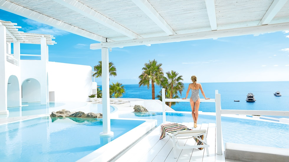 The mykonos blu grecotel exclusive resort kids love greece for Exclusive luxury accommodation