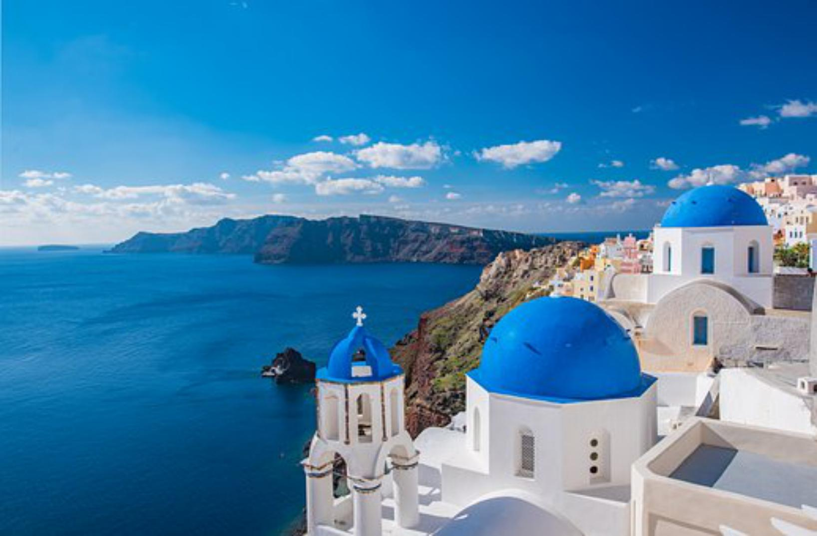 Visit The Greek Island of Santorini